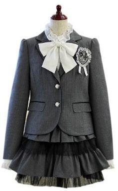 入学式の服装 セットアップタイプ